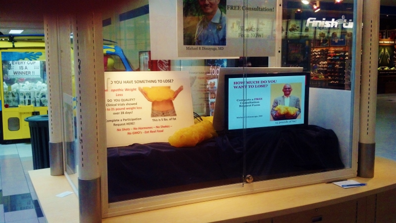Weight loss display in mall